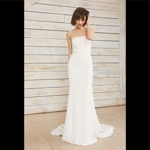 Nouvelle amsale Arielle strapless bow wedding gown